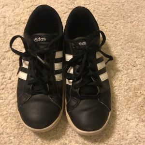 Adidas black/white tennis shoes accepting offers